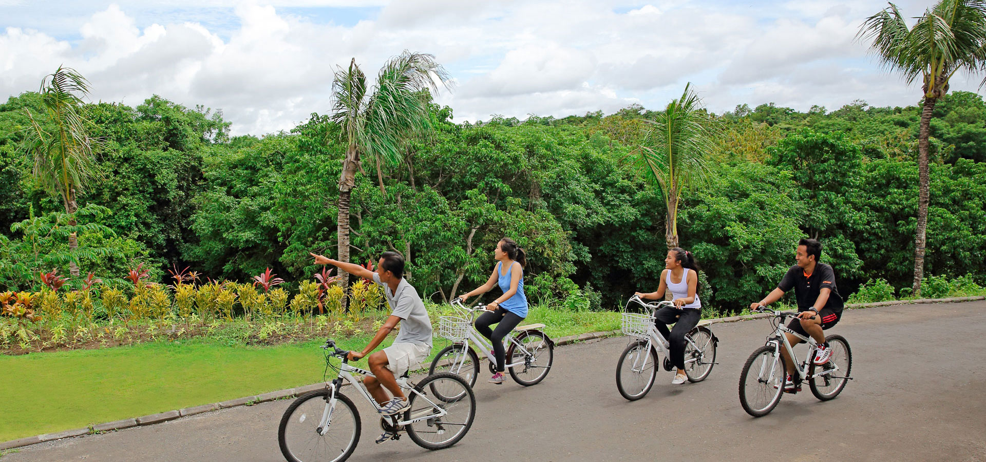 Bicycle Tour sport and adventure at samabe
