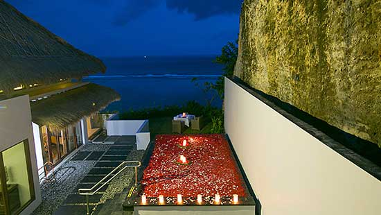 Floating Flower and Candle divght BBQ Dinner in your Villa