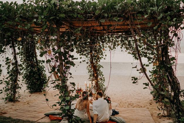 romantic gazebo beach dinner