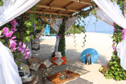 Luxury Beach Picnic, Romantic Moment at the Luxury Side of Paradise